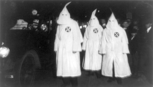 KKK ( Ku Klux Klan)