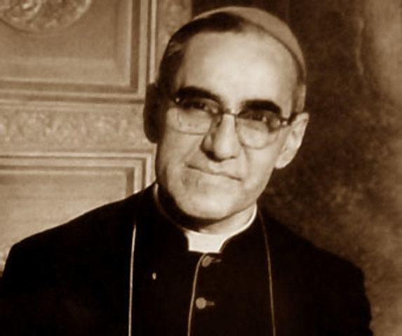 Muere Óscar Arnulfo Romero