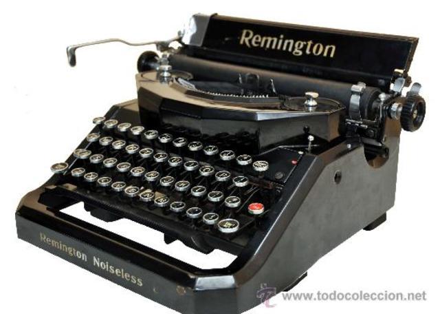 Primera Máquia de Escribir