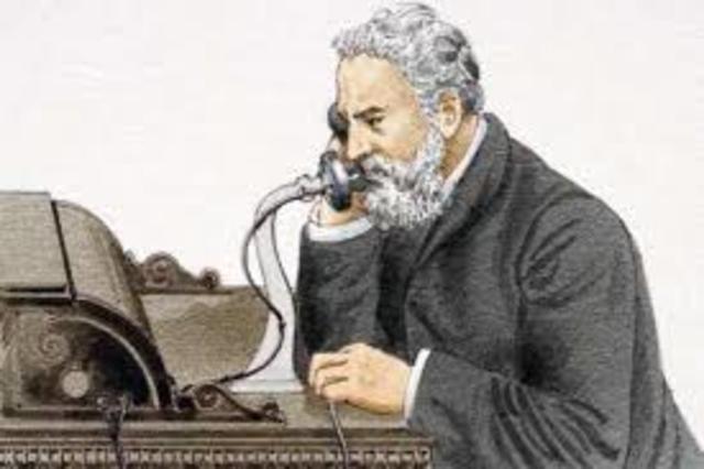 Bell inventa el teléfono