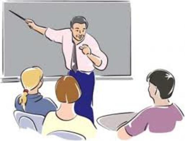 Es designado profesor en el Colegio Nacional de una pequeña ciudad de la provincia de Buenos Aires, Bolívar.