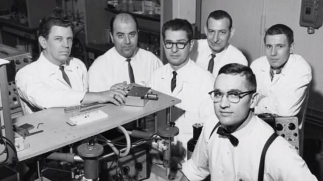 Transistor de estado sólido (semiconductor)