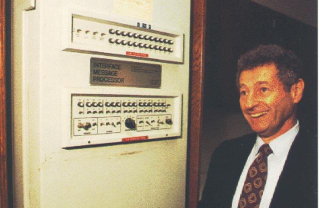 ARPANET se establece en UCLA, UCSB, U-Utah y Stanford.