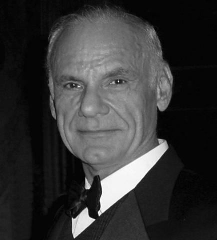 Lawrence Roberts publica el 1er informe sobre ARPANET