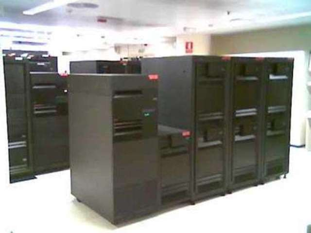 Computadoras personales y minicomputadoras.