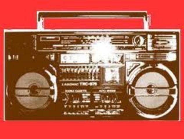 La segunda guerra mundial provoca el auge de la radio y las microondas