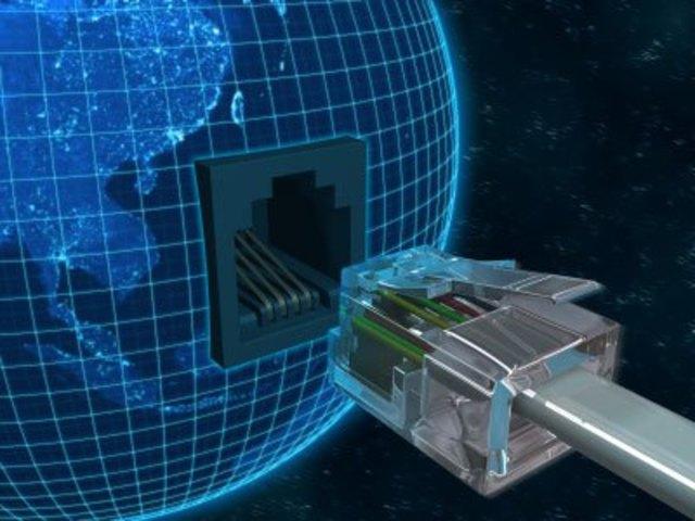 La cantidad de hosts de Internet supera los 10 millones.
