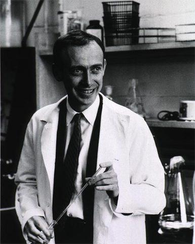 James D. Watson (Chicago, Illinois, U.S.)