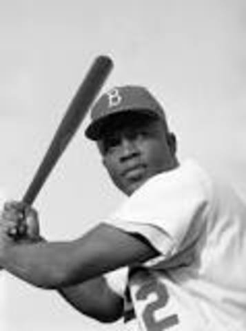 jackie robinson got into the Brooklyn Dodgers