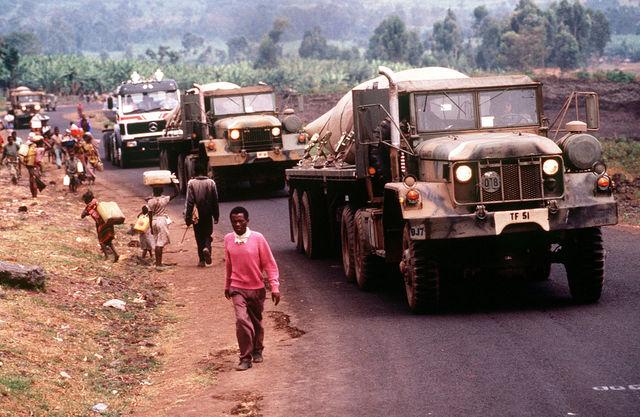 The Rwandan Armed Forces & Hutu set roadblocks