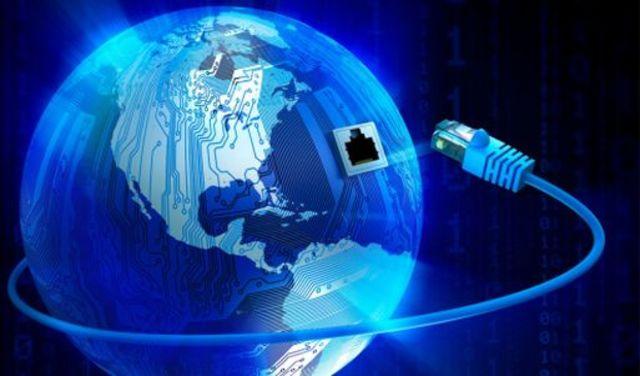 La cantidad de host de internet supera los 10 millones. La internet abarca todo el Planeta