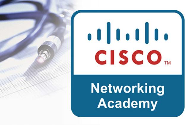 Cisco alcanza el 70% de las ventas a través de internet, se lanzan las Academias de Networking
