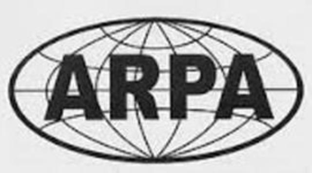 Creación de ARPA por el Departamento de Defensa de USA