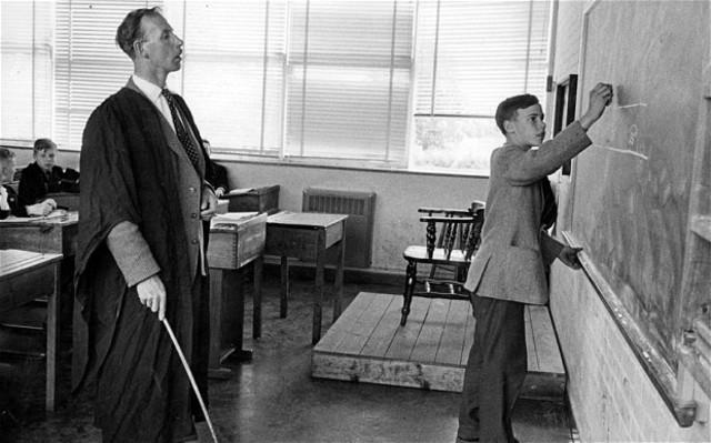 Matthew Flinders starts school