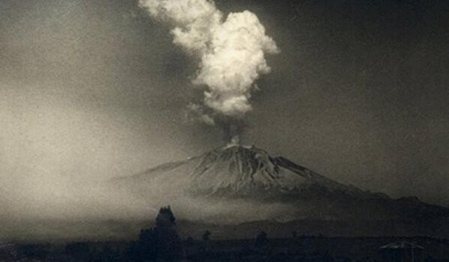 Quinta erupción del Volcán Calbuco registrada