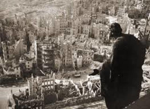 Els aliats bombardegen Dresden