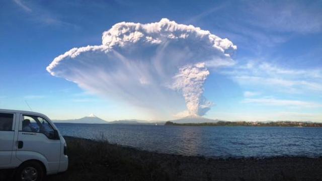 Primera erupción del Volcán Calbuco