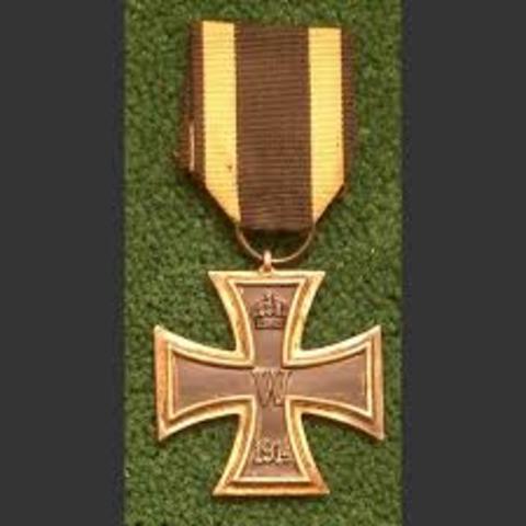 Recieves a Iron Cross First Class