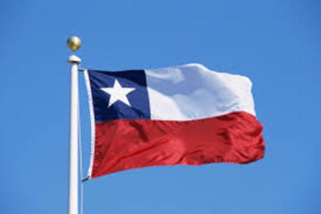 Viaja a Chile, invitado a la asunción del gobierno del presidente Salvador Allende.
