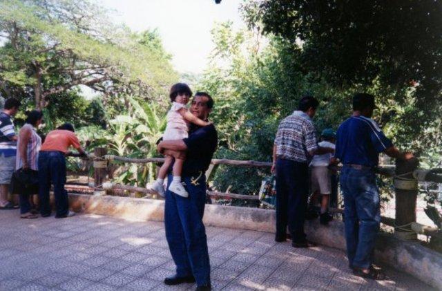 Con mi papá a los 4 años