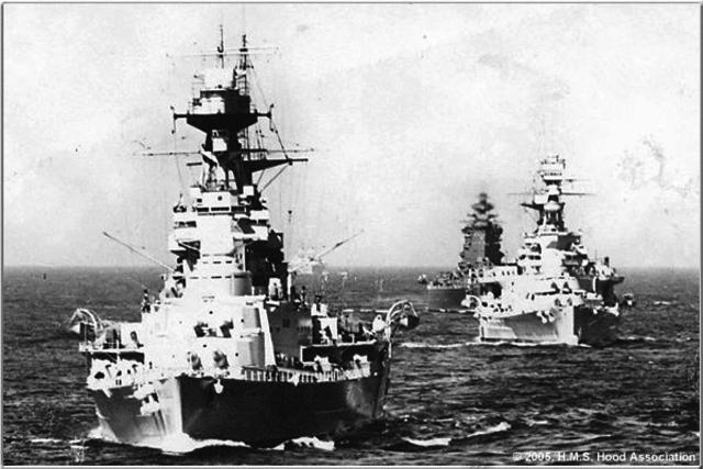 La Royal Navy va atacar a la flota italiana