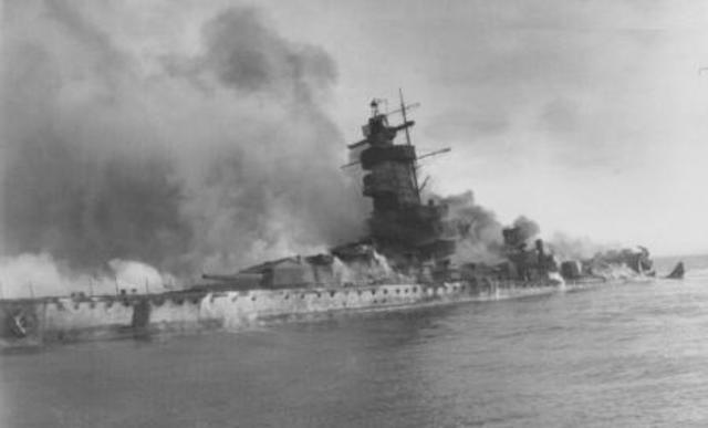 Esfondrament naval italià