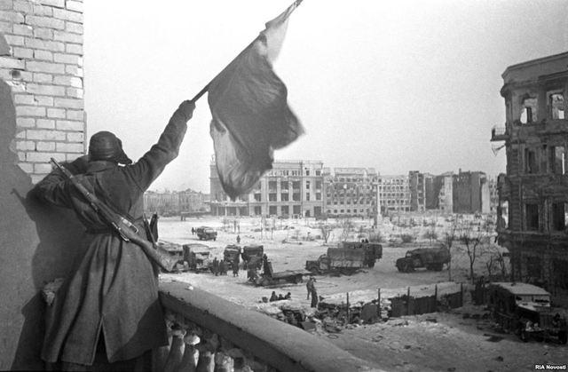 Stalingrad: capitulació alemanya.