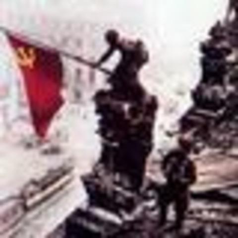 Les tropes aliades arriben a Berlín