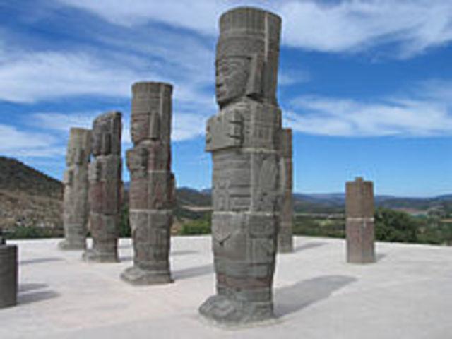 Se produce el auge de la cultura tolteca en Mesoamérica.
