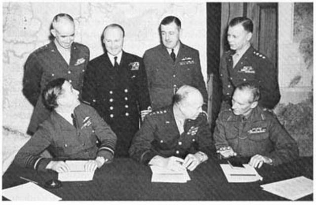 Congress endorses NATO, sends Eisenhower to head unified NATO command