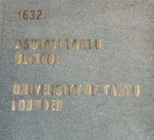 Asutati Tartu Ülikool