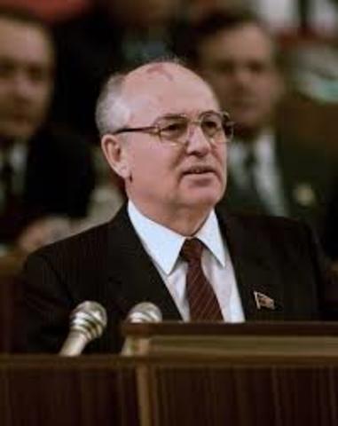 Elección de Mijaíl Gorbachov como Presidente del PCUS