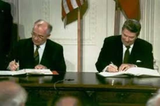 Firma de los tratados START entre EE.UU. y la URSS