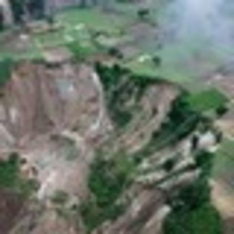 Terremotos que dañan seriamente edificaciones