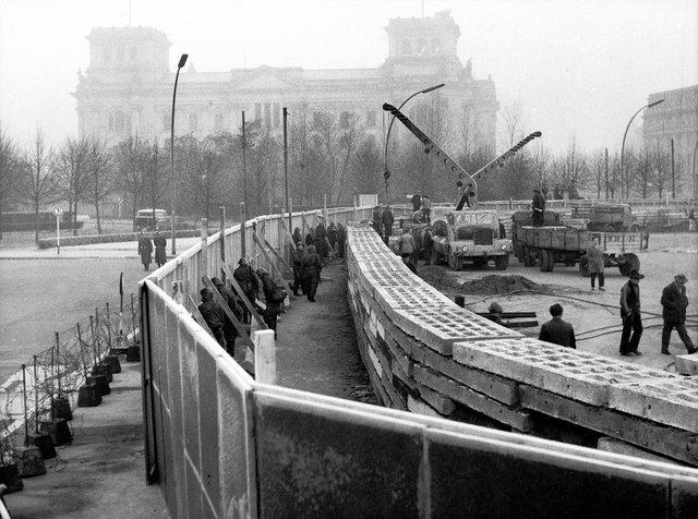 Berlin Wall (1961)