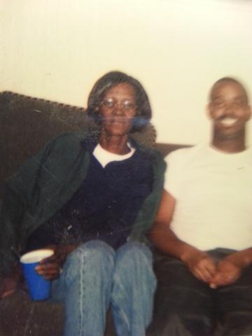 Je suis allé à mon grand-mères funérailles. Il était l'un des moments les plus tristes de ma vie.