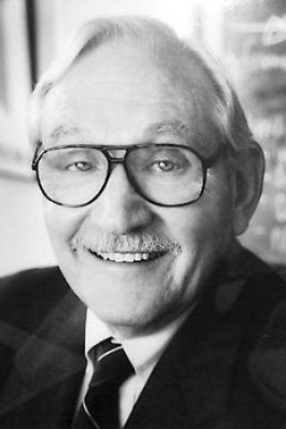 Glaser, hizo acercamiento entre la psicología y la educación.