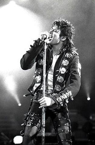 Michael Jackon Dies