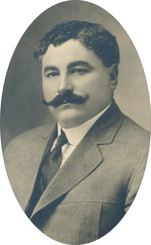 En la Convención se nombra a Eulalio Gutiérrez presidente de México.