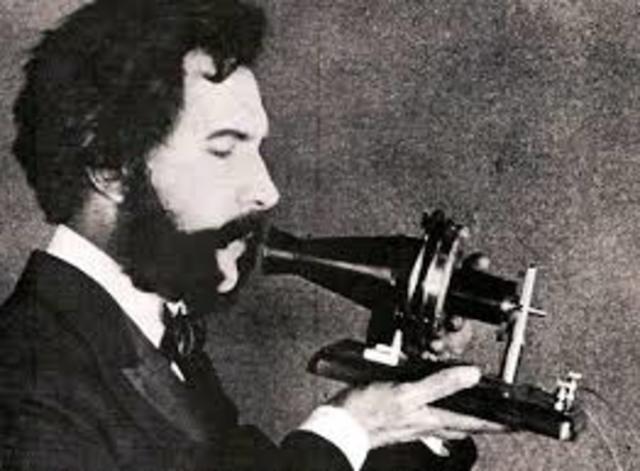 Patentación del primer telefono