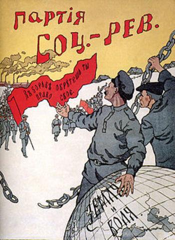 Socialisten-Revolutionairen opgericht