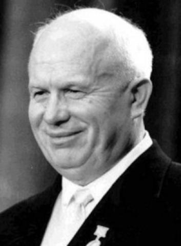 Nikita Chroesjtsjov wordt nieuwe leider Sovjet-Unie