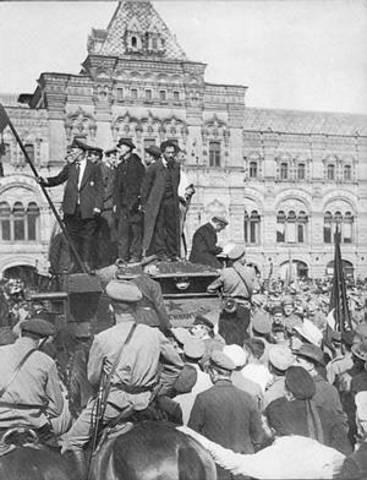 Bolsjewieken grijpen de macht