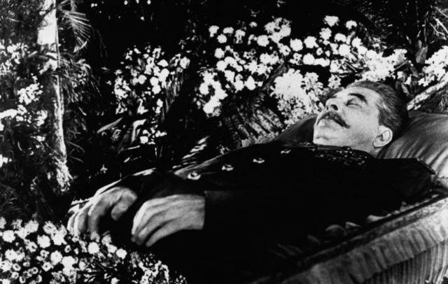 Stalin sterft