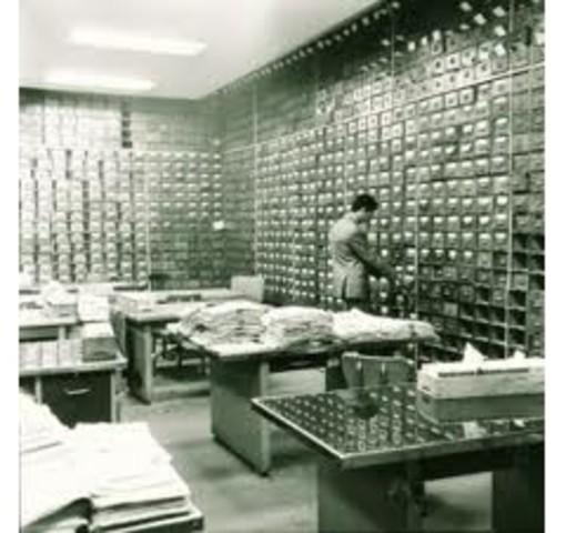 Primera instalación de oficina informatizada constituyendo el nacimiento del desarrollo informático