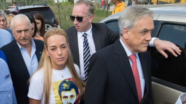 El Universal censura nota sobre visita de expresidentes a Leopoldo López