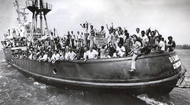 Abril-octubre: Éxodo de Mariel: 125.000 cubanos salen en embarcaciones hacia Miami luego de que Fidel Castro permitiera salidas, un hecho que cambia las relaciones con el gobierno de Jimmy Carter.