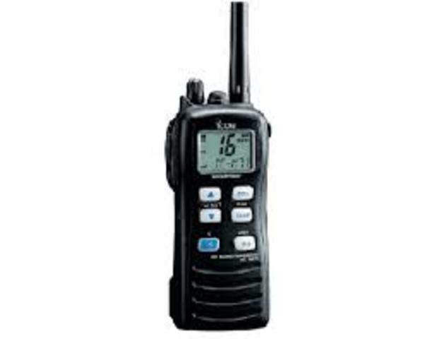 Primer radio teléfono civil.