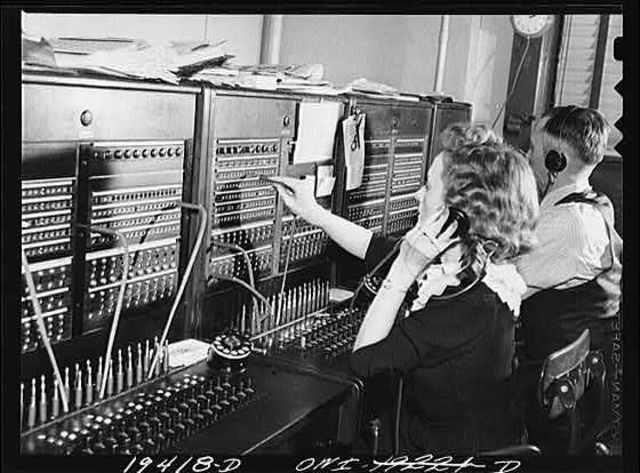 Primera pizarra telefónica manual