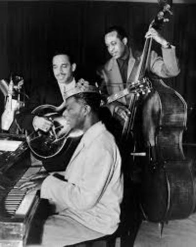 """1948 Nat """"King"""" Cole is first black musician to host a weekly radio show"""